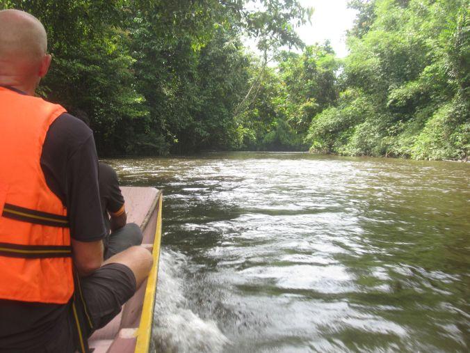 Första dagen i parken och vi tog båten uppströms till Racer Cave! First day in the park and we took the boat upstream to Racer Cave!
