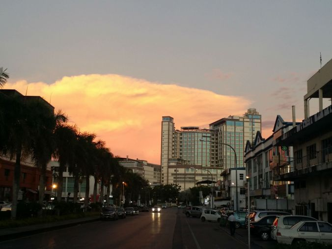 Häftig himmel över Miri! Cool sky over Miri!