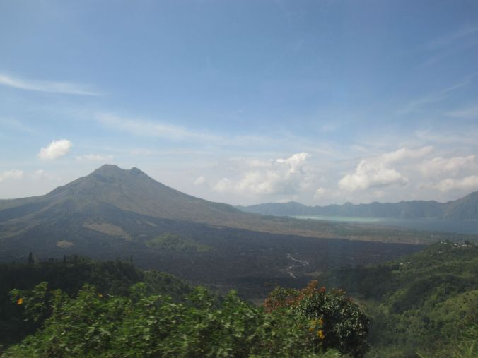 Vulkanen Kintamani. The volcano Kintamani.