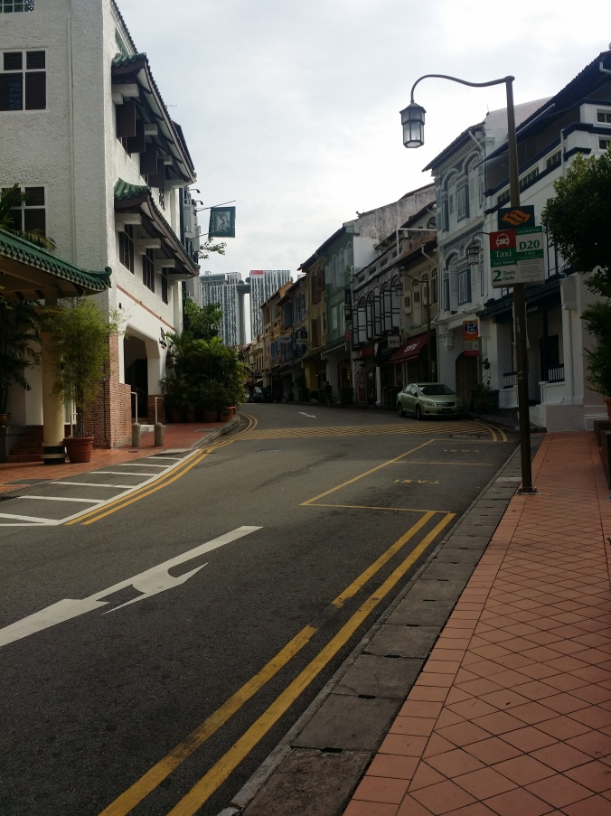 Club street i Singapore! På fredagarna stängs gatan för trafik och gatan fylls med uteserveringar! Club street in Singapore! On fridays this street are closed for traffic and the street fills up with outdoor cafes!