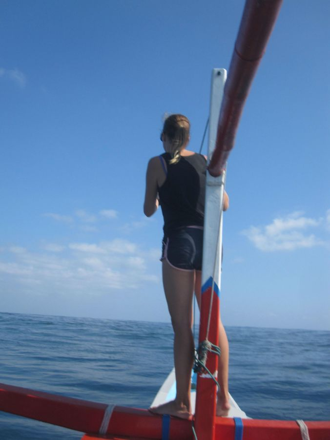 Ulrika spanar efter delfiner! Ulrika is on lookout for dolphins!