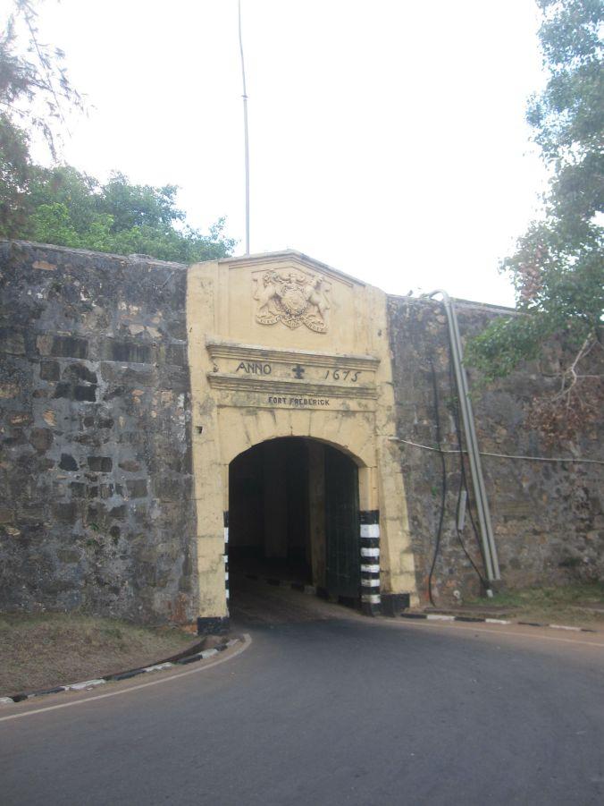 Ingången till fort Frederick! The entrance to Fort Frederick!