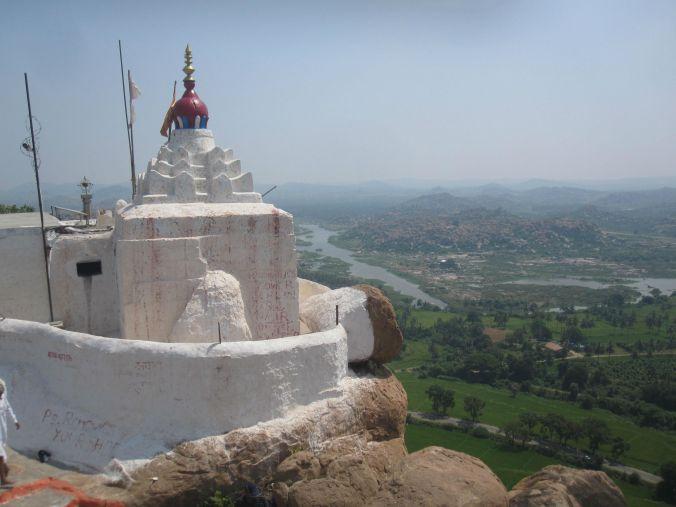 En av Hanumans påstådda födelseplatser i Indien! One of Hanuman supposed birthplaces of India!