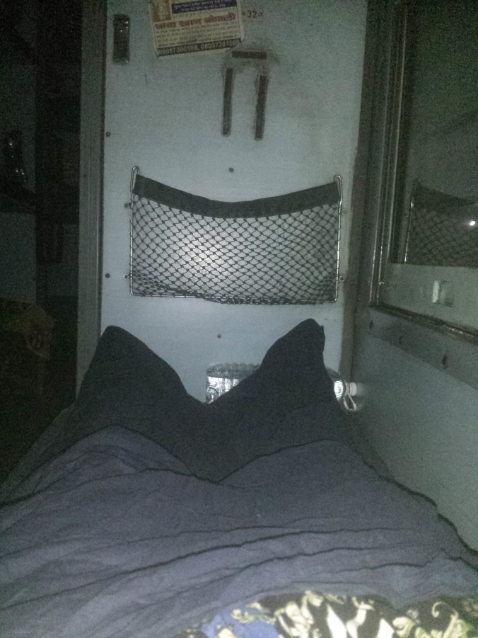 Vår första övernattning på tåg i Indien! Our first night sleeping on a train in India!