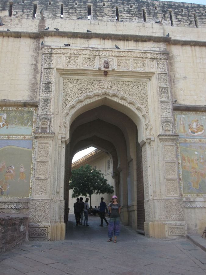 Ingången till Fort Mehrangarh! The entrance to Fort Mehrangarh!