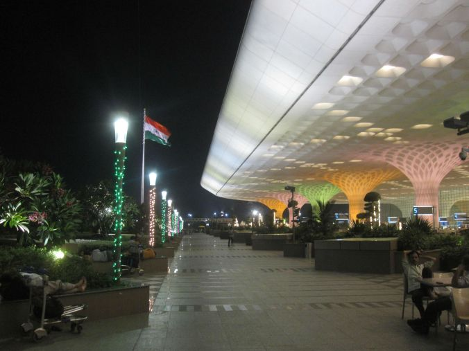 Den internationella flygplatsen i Mumbai! The international airport of Mumbai!