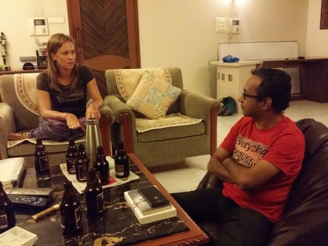 Det bästa sättet att spendera en kväll är att dricka öl och diskutera med intressanta människor! The best way to spend an evening is to drink beer and discuss with interesting people!