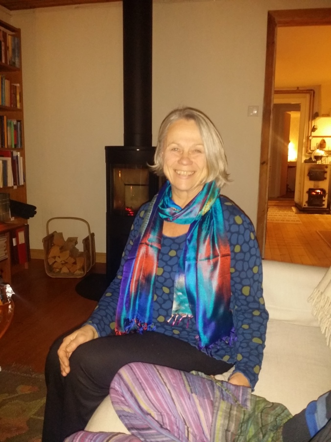 Pontus mamma i sin nya sjal! Pontus mother in her new scarf!