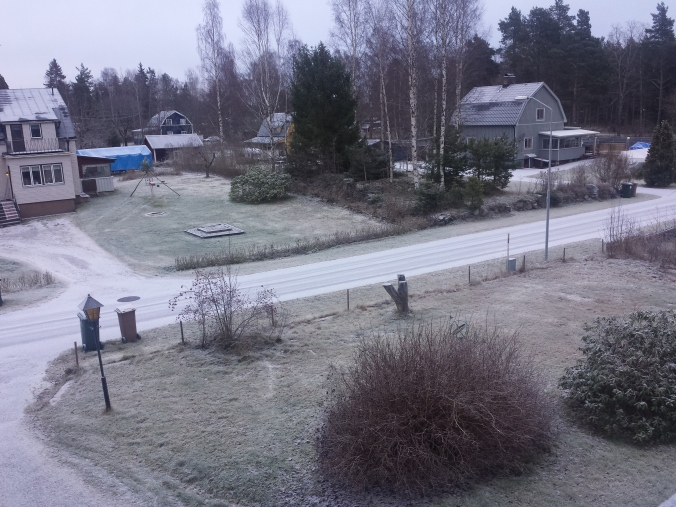 Vakna upp i Norrsundet och se den första snön för den här vintern! Wake up in Norrsundet and see the first snow of this winter!