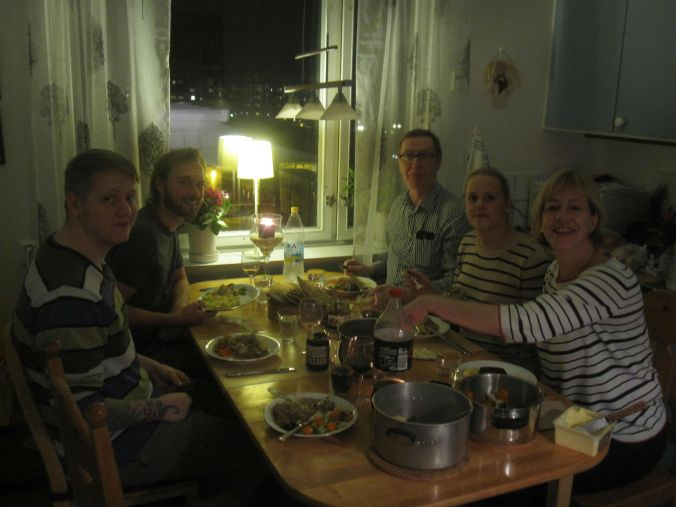 Middag hos Ulrikas mamma med Mats, Rebecca och Oskar! Dinner at Ulrika's mother with Mats, Rebecca and Oskar!