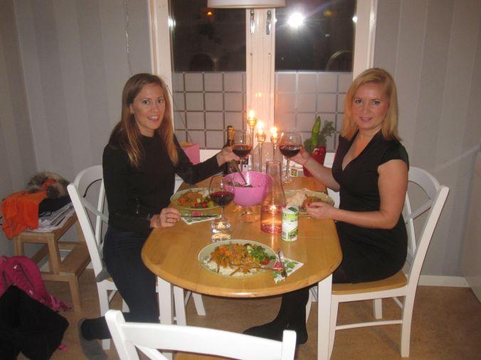 Middag och dans hemma hos Karin! Dinner and dancing at the home of Karin!