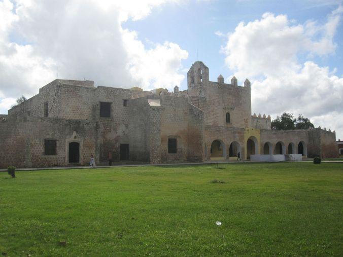 Klostret San Bernardino de Siena! The convent of San Bernardino de Siena!