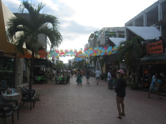 5:e avenyn i Playa del Carmen! 5th Avenue in Playa del Carmen!