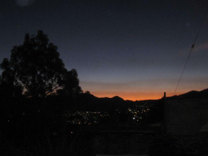 Nästan kväll och staden börjar lysa upp! Almost evening and the town begins to light up!